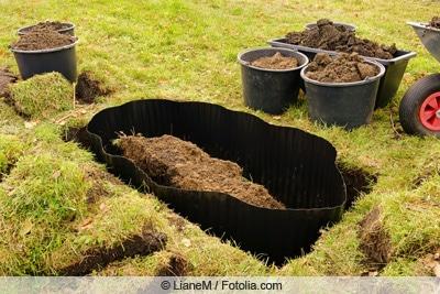 Wurzelsperre im Gartenboden