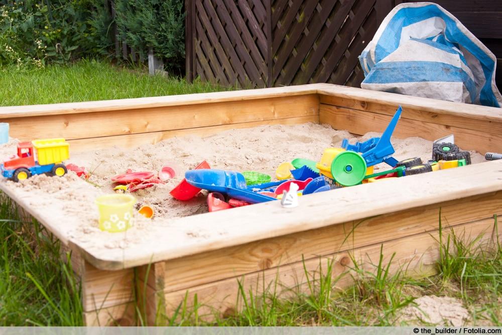 Sandkasten bauen