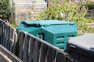 Kompost mit Deckel