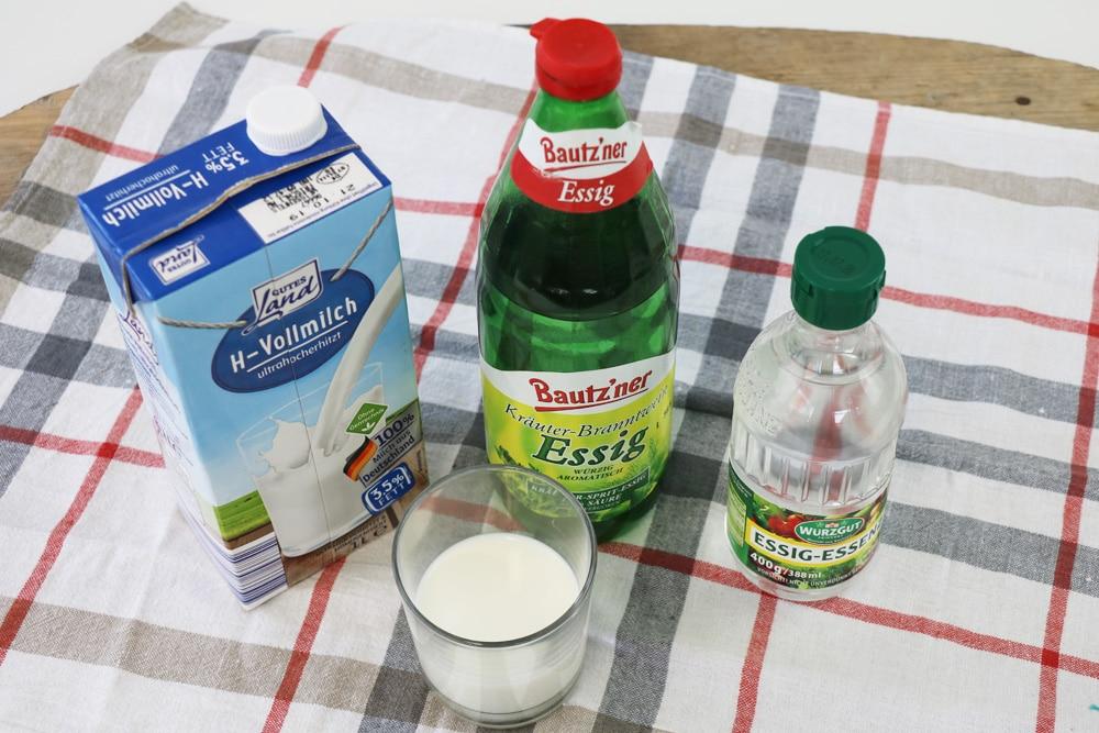 Essig und Milch