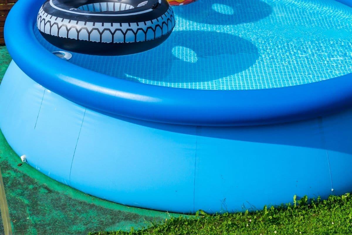 Gummimatte als Pool-Untergrund