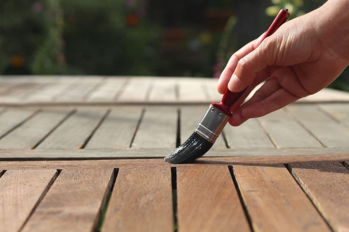 Holzschutz - Holz streichen
